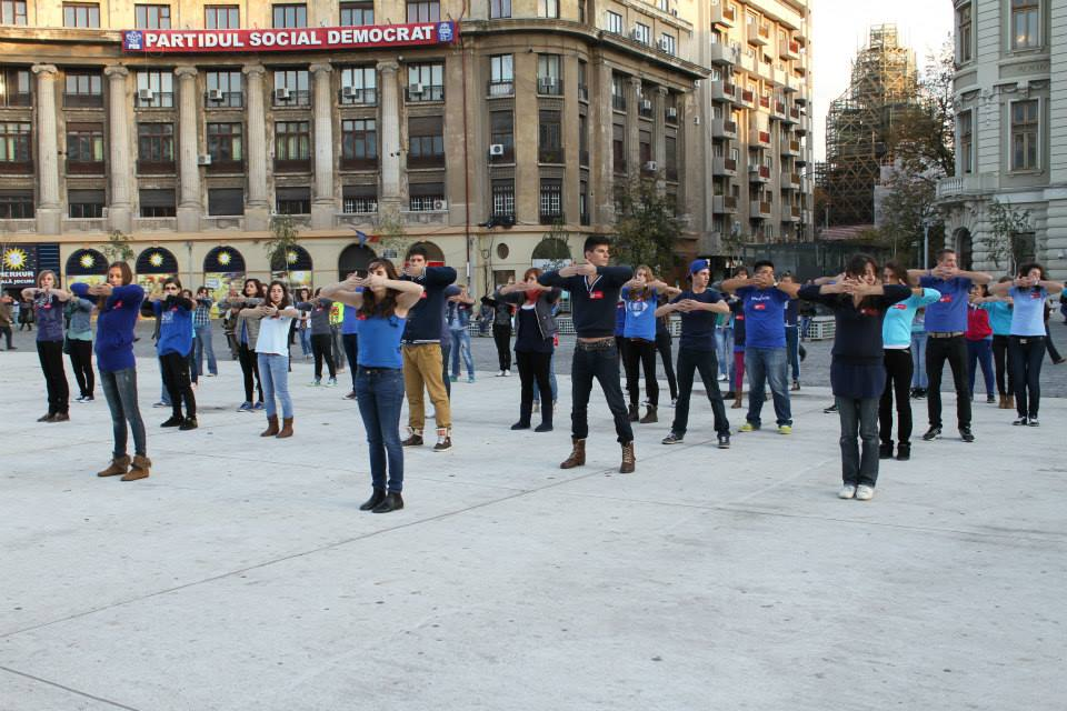 Flashmob Asociatia FREE